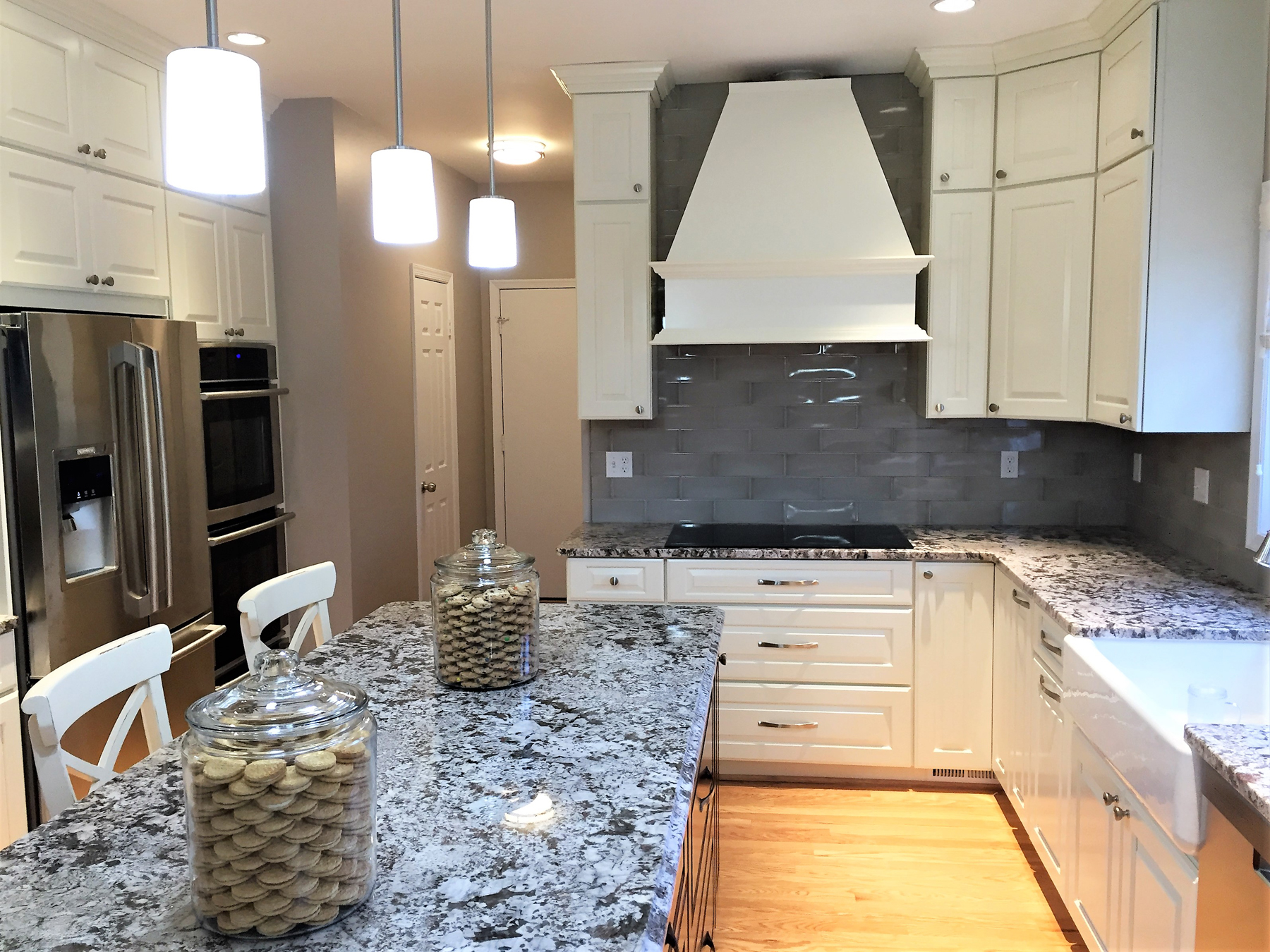 Full Kitchen Remodel With Grey Back Splash in Montgomery County, MD